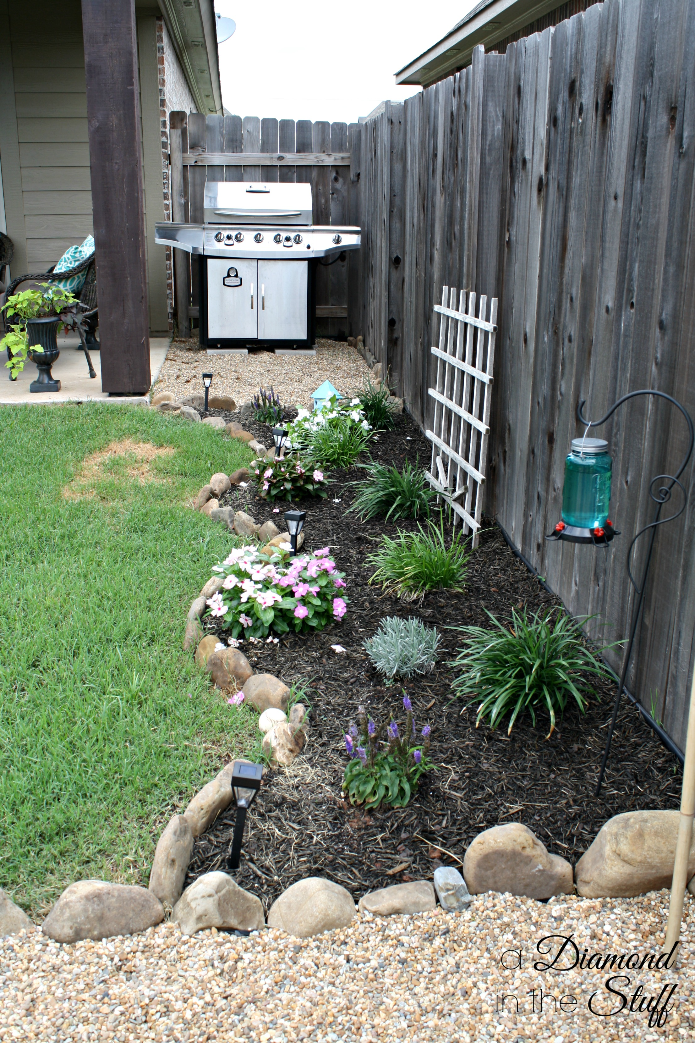Awesome diy backyard makeover for Garden makeover ideas