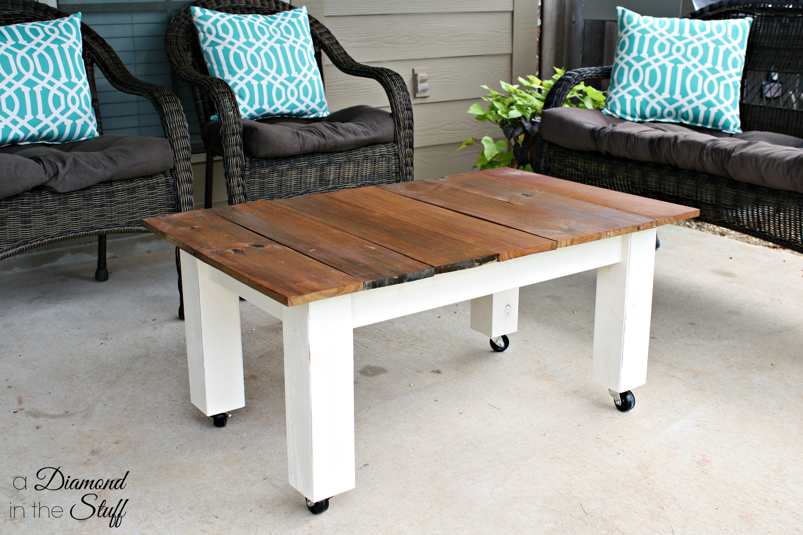 diy outdoor coffee table | a diamond in the stuff | bloglovin'